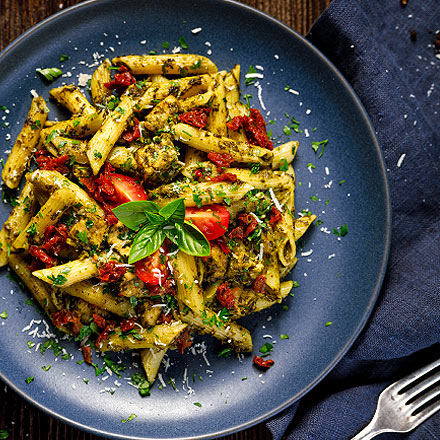 penne pasta with california sun dried tomatoes