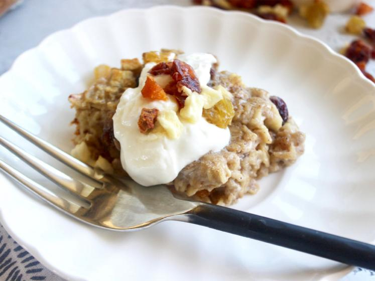Warm Oatmeal Bake with fruitons® All American Dried Fruit